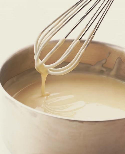 تألقي بالأبيض وزيدي أطباقك أناقة(البشاميل summer2010_bechamel-sauce.jpg