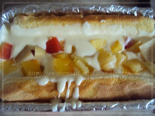 كعكة ماوس الفانيليا و شكولاتة بيضاء المحشوا بالفواكه المعلبة  Dietsolaki_1011