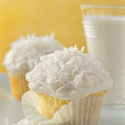 bero_basic-white-cupcakes-l.jpg