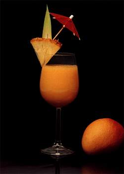 تزيين المشروبات لضيوفك فن لابد ان تتقنيه  Ebnat_Cocktail3