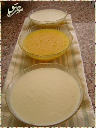 قدمتها بالعنب كرمبل...كوكيز...مربعات الليمون ...خبيصه عنب... من مطبخ سوسن و